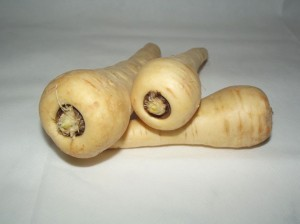 Parsnips for piles treatment